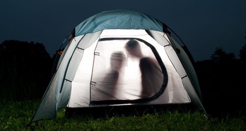 Seks w namiocie
