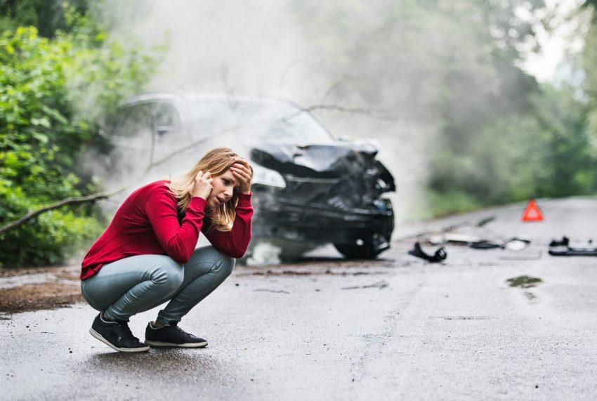 Jesteś świadkiem wypadku samochodowego? Zobacz, jak pomóc