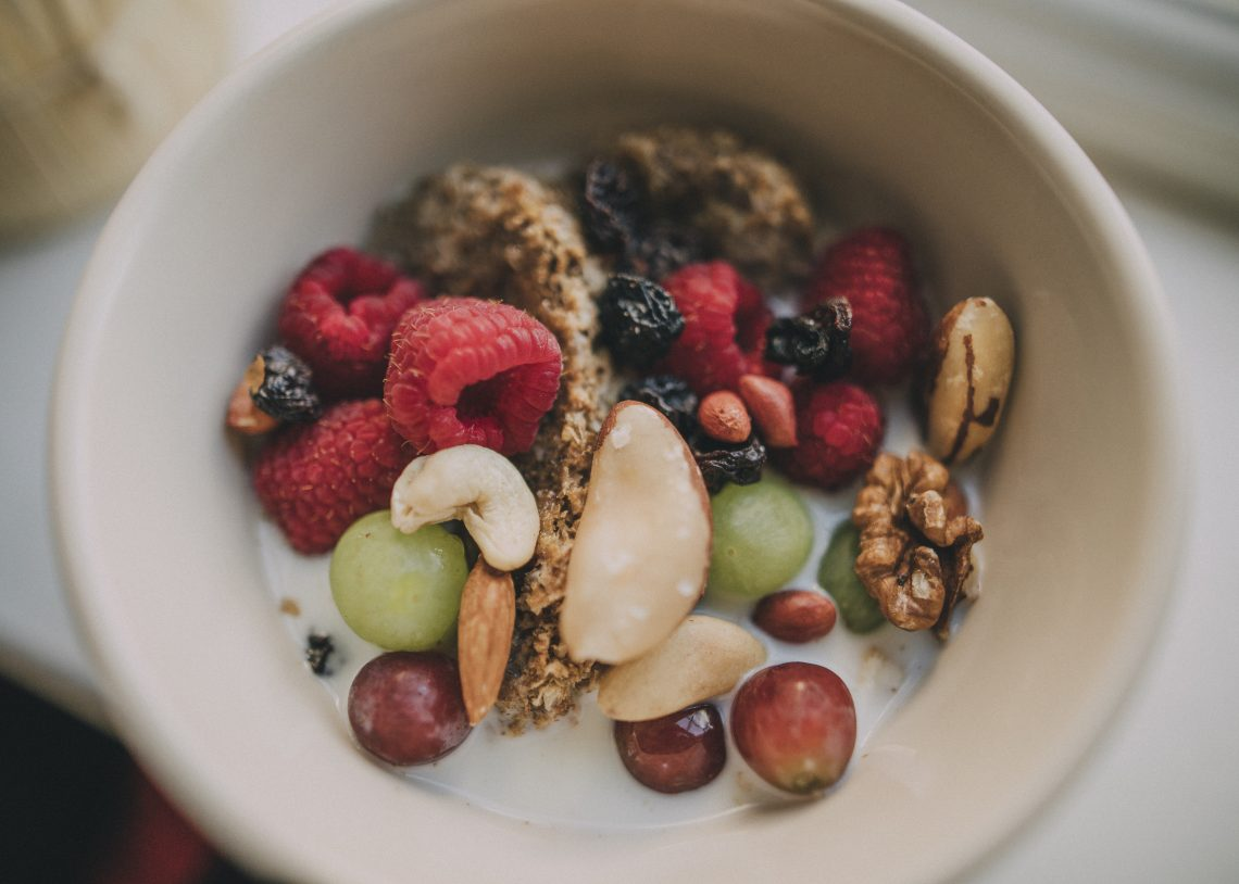 miska z owocami