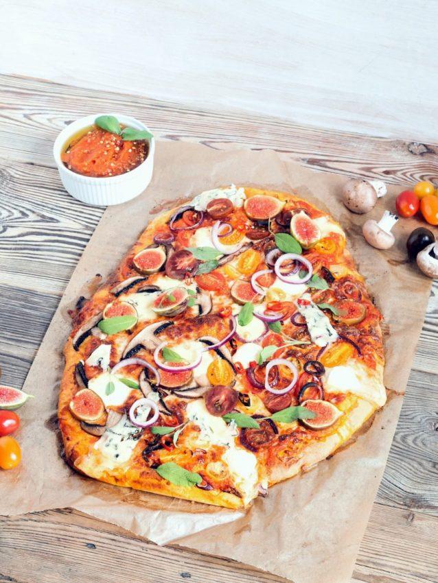 Pizza z dyniowym spodem
