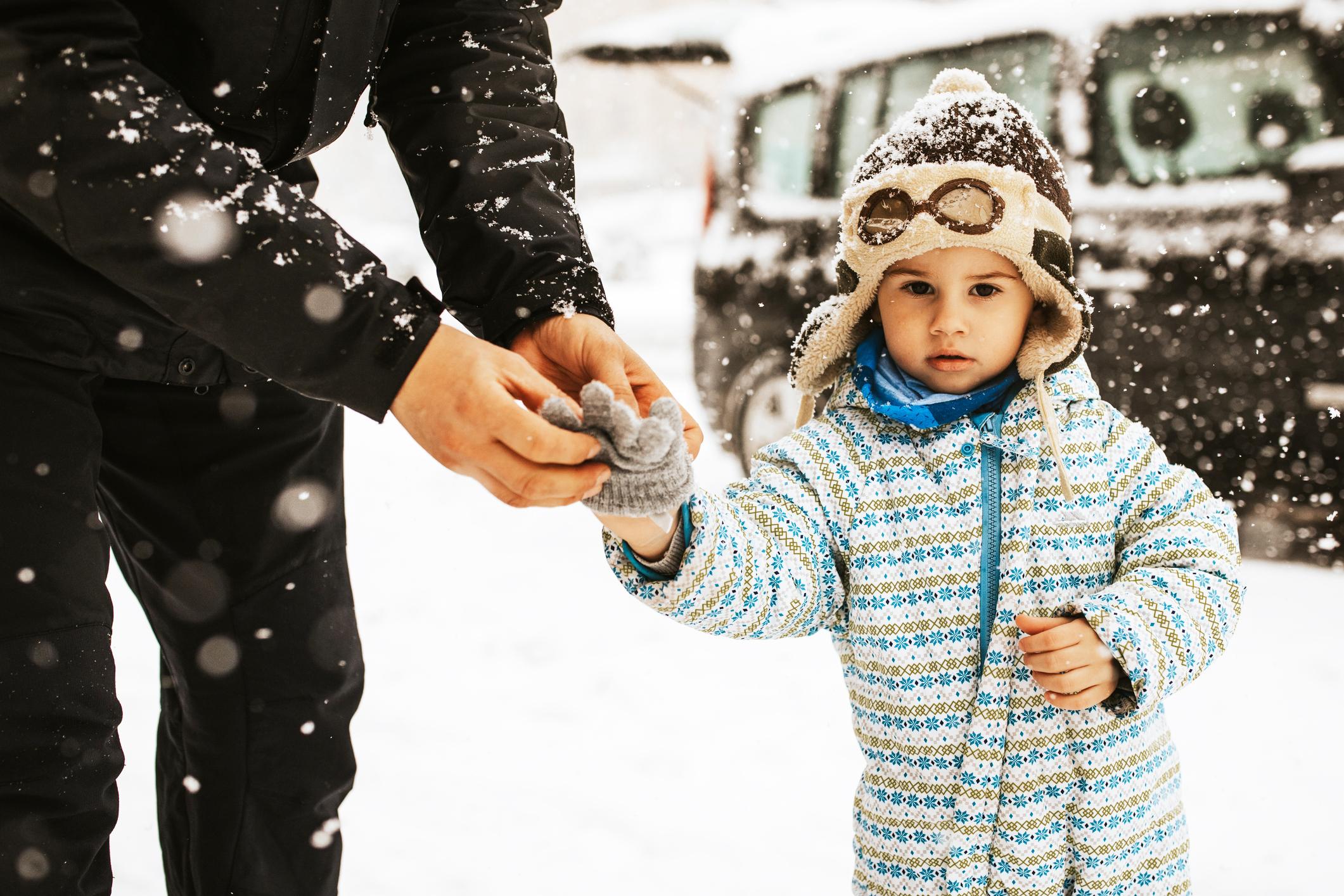 dziecko zimą
