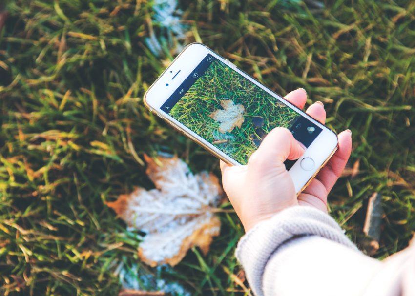 Kciuk smartfonowy – gdy boli od telefonu