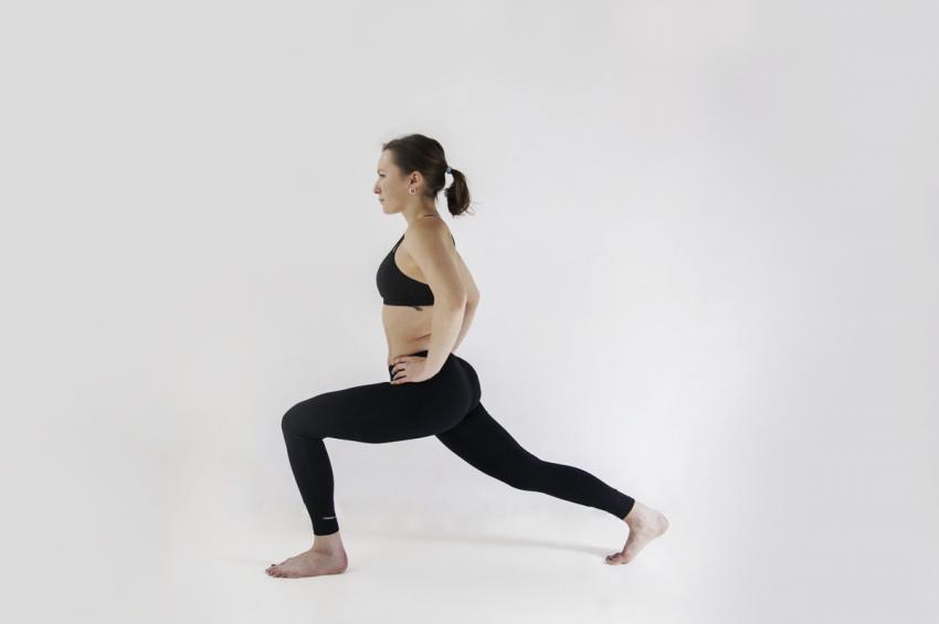 5 fit dziewczyn – 5 najlepszych ćwiczeń na uda