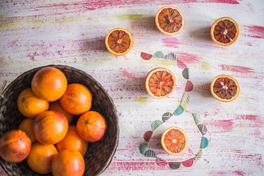 Szpinakowa sałatka z pomarańczą