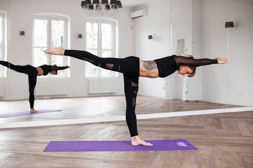 cwiczenia poprawiajace balans i rownowage