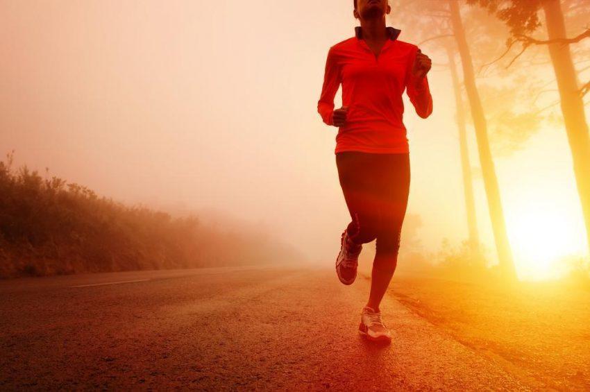 Poranny trening – dlaczego warto wstać?