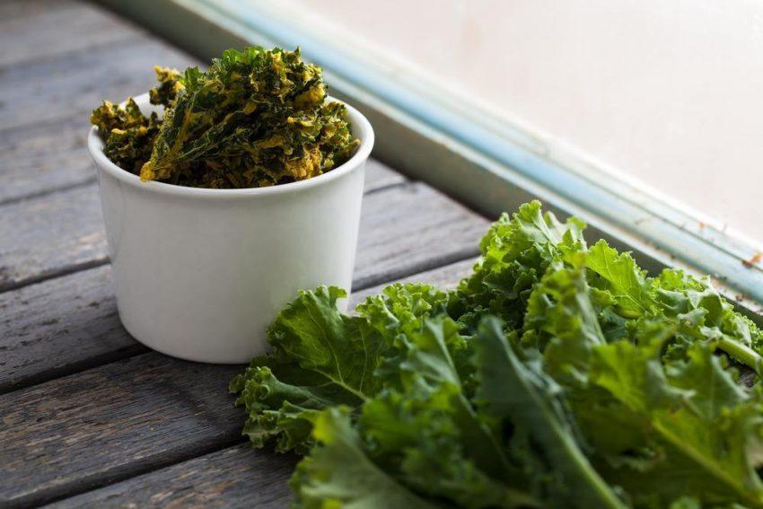 Jarmuż – 3 przepisy z kultowym warzywem