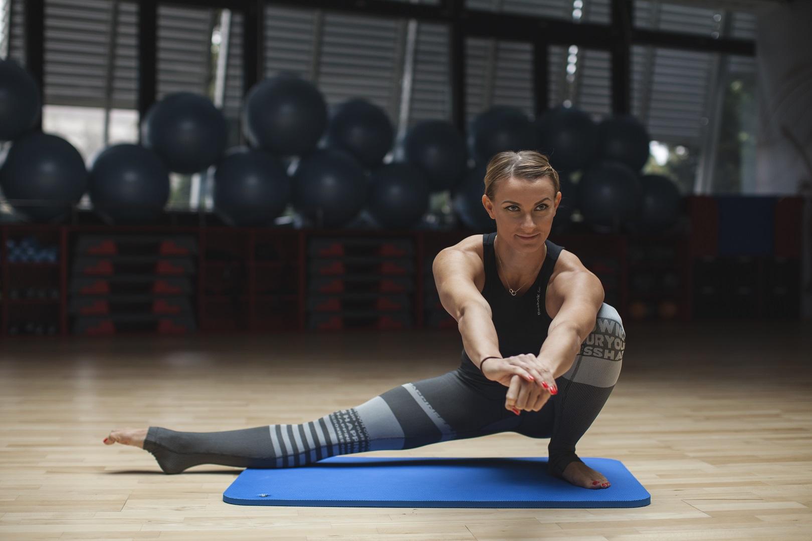 cwiczenia na zdrowe biodra