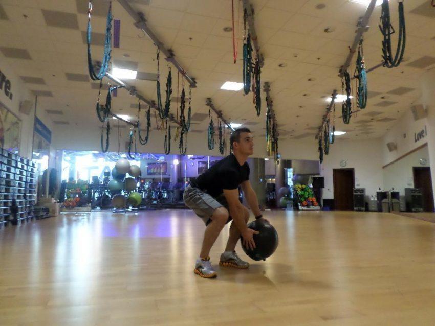 Ćwiczenia z piłką lekarską