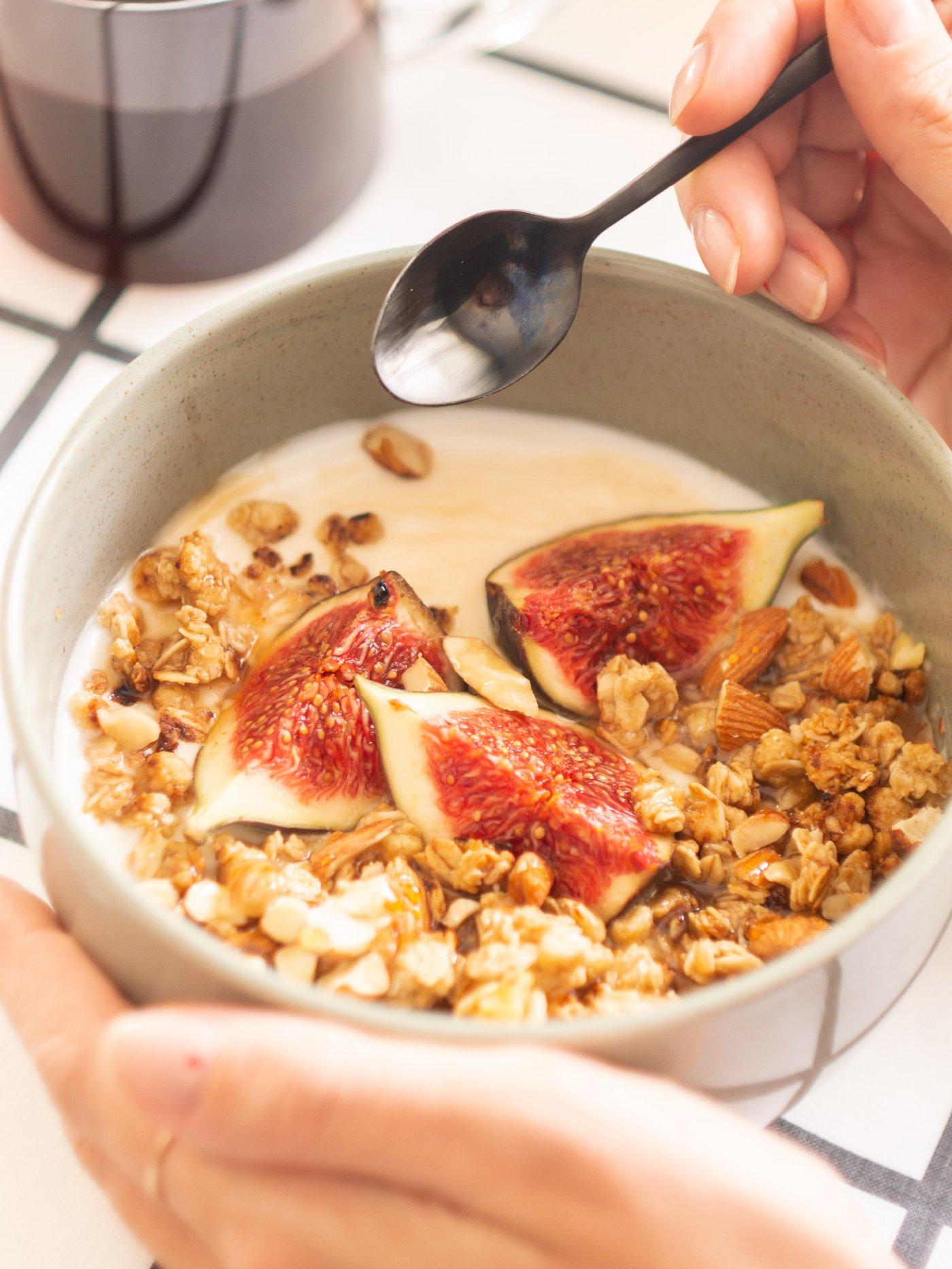 weganski-jogurt-z-figami