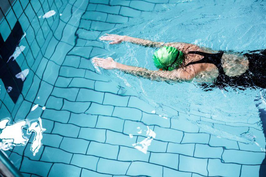 Najczęstsze błędy w nauce pływania
