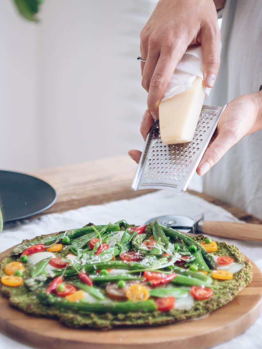 przepis-na-pizze-na-zielonym-spodzie