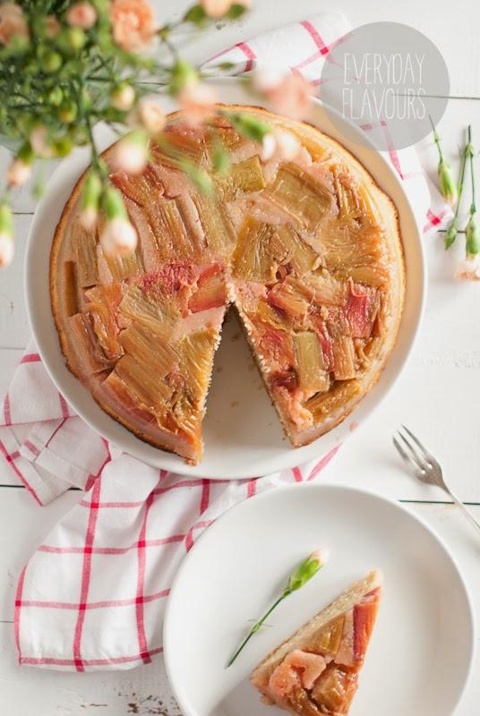przepis na ciasto z owocami sezonowymi z bloga Everyday flavours