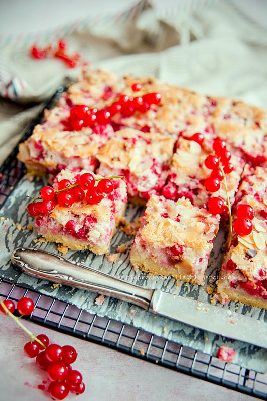 przepis-na-ciasto-z-owocami-sezonowymi_pieprz-czy-wanilia