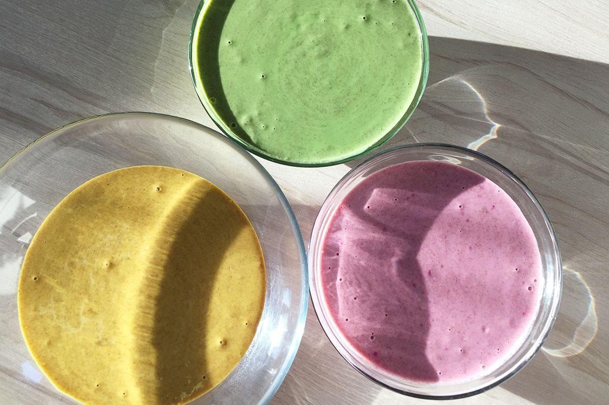 przepis na kolorowe nalesniki ze szpinakiem