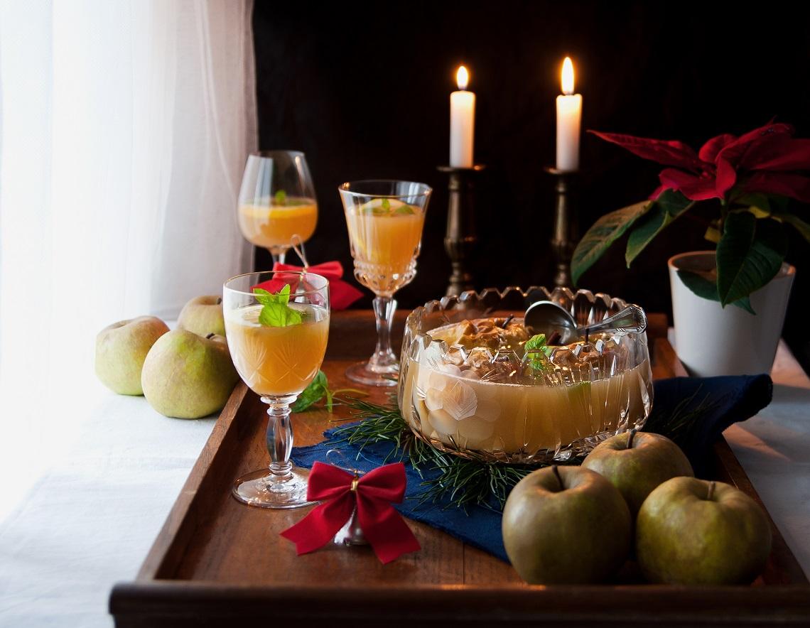 przepis na świąteczny poncz z jabłek