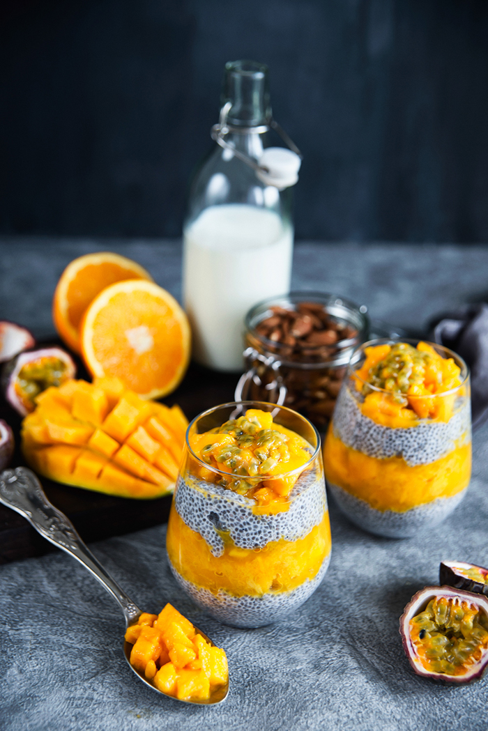 przepis na pudding chia z owocami