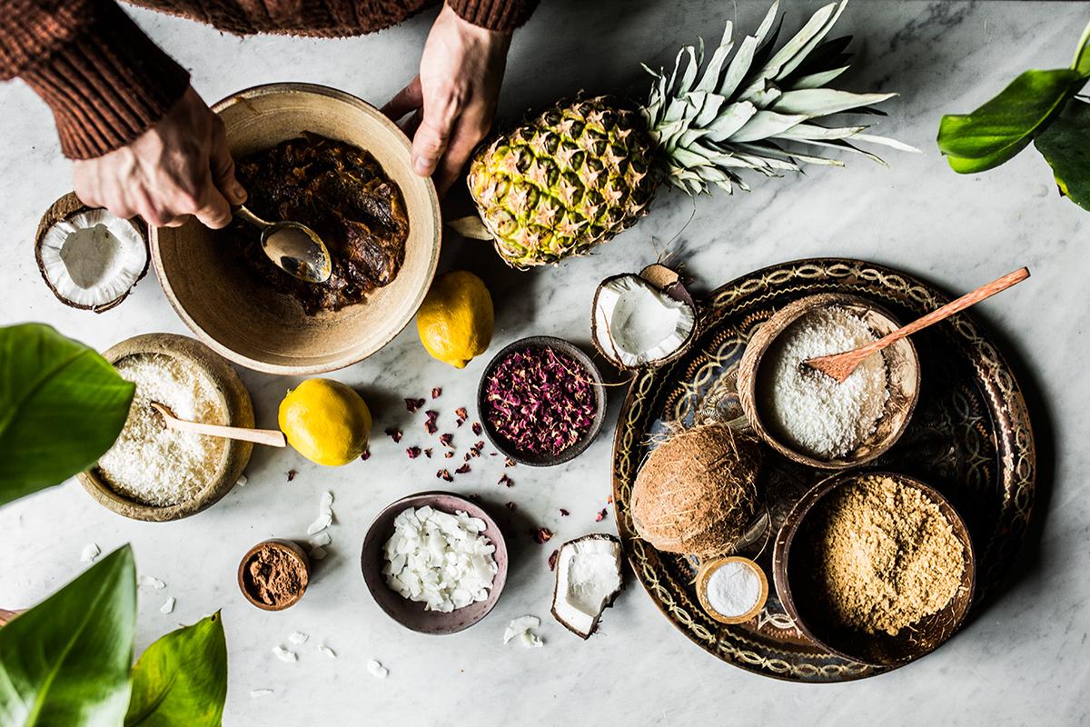 przepis-na-weganska-raw-tarte-kokosowa