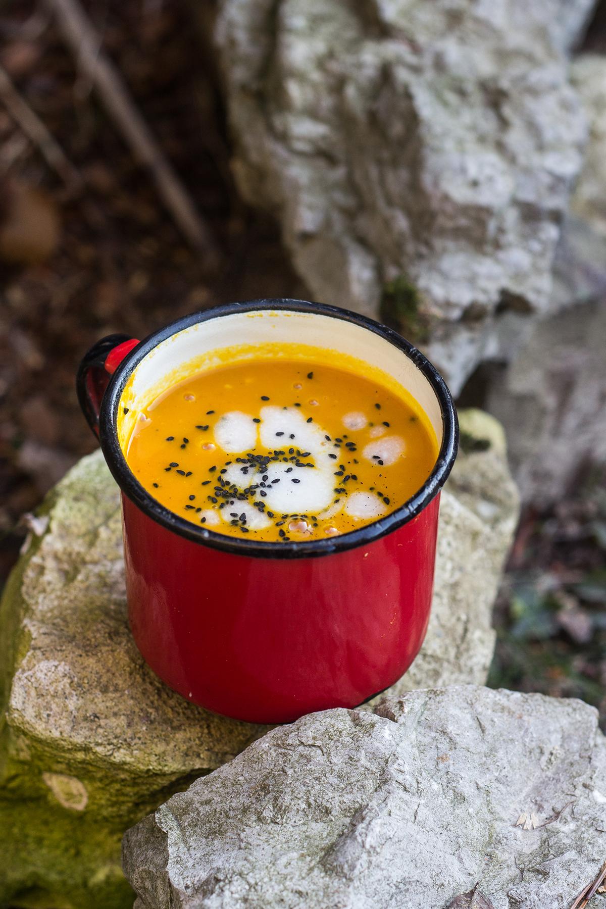przepis na zupe marchewkowa z nuta kokosowa