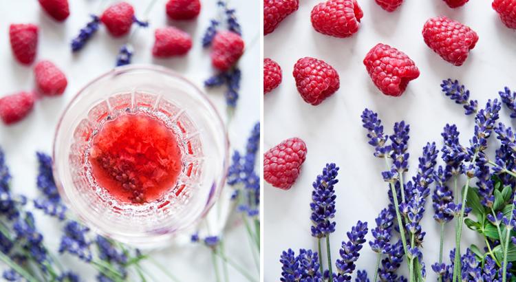 Letnie kompoty z owoców i kwiatów