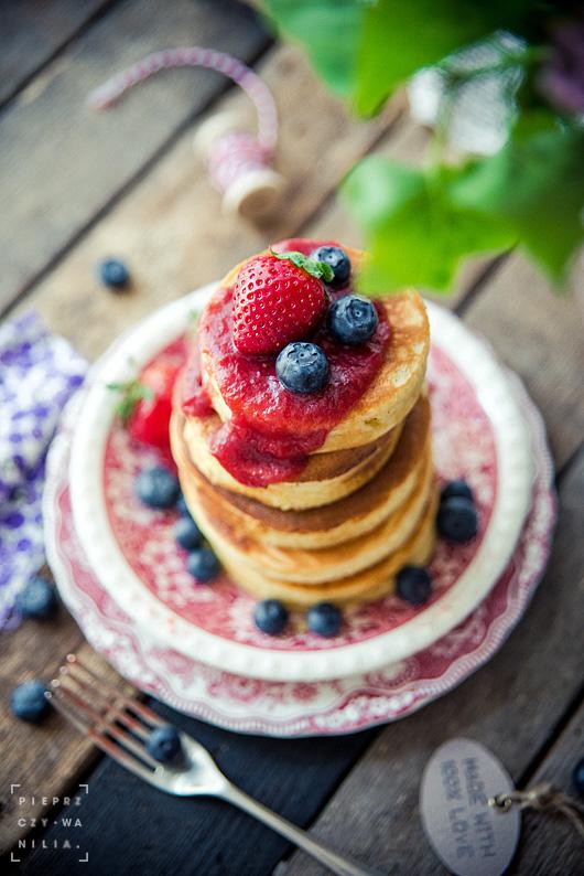 przepisy z truskawkami_pancakes