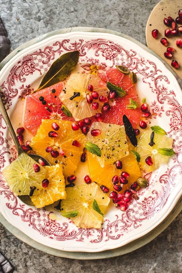 zimowa-salatka-z-cytrusow