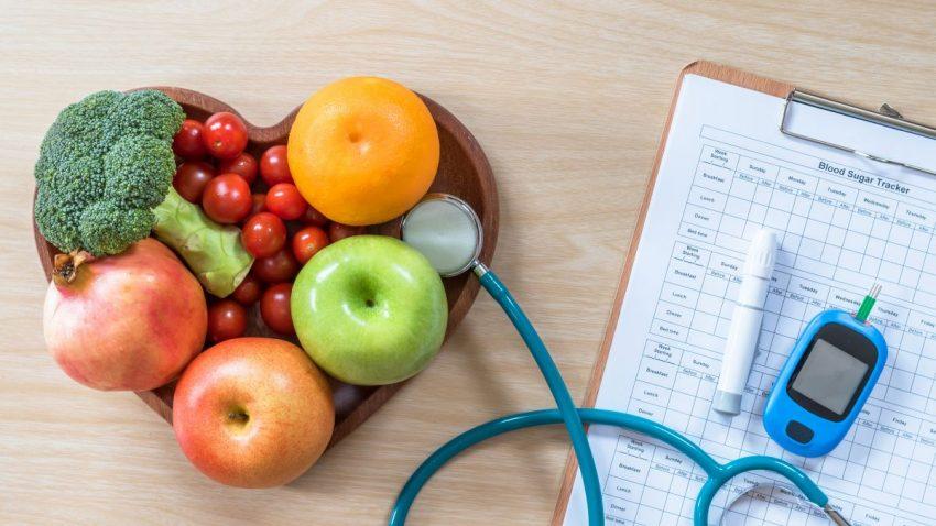 Owoce i tabela produktów, które może jeść na diecie osoba chora na cukrzycę typu 1