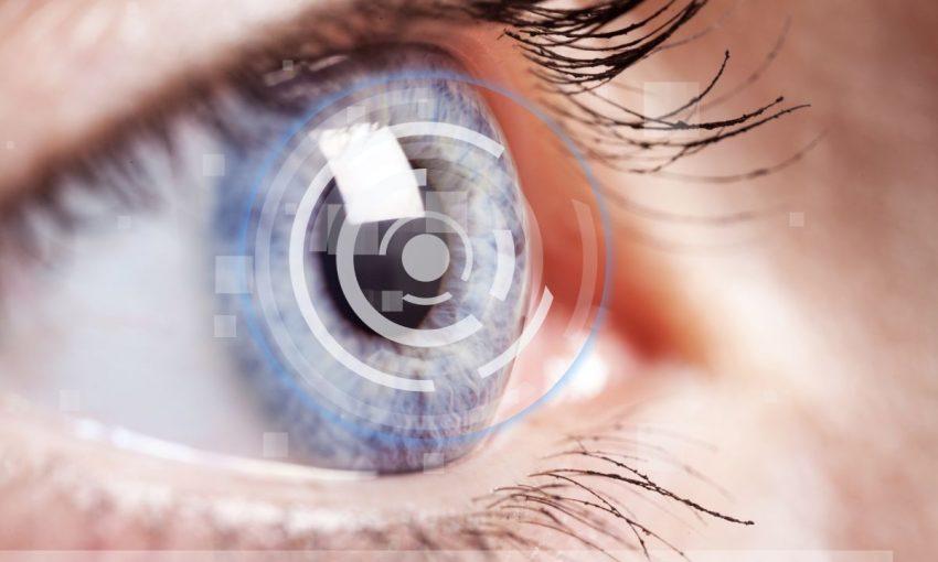 Zbliżenie oka z zaćmą