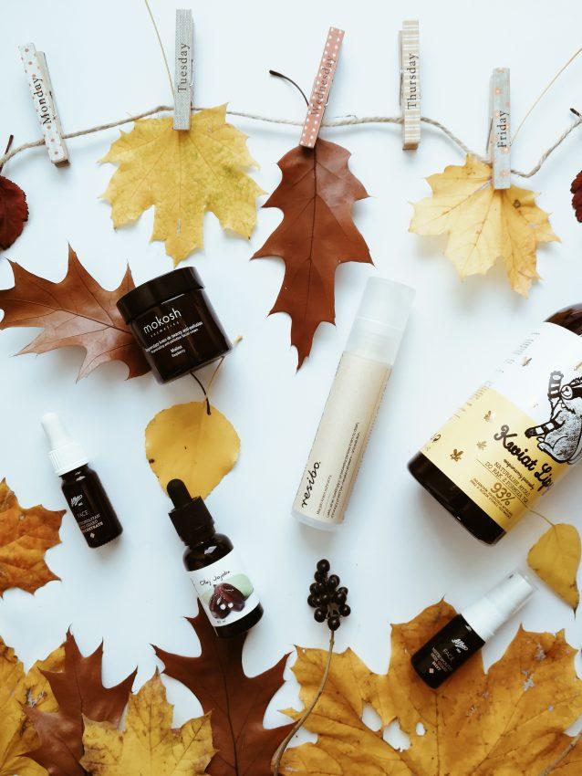 Kosmetyki ekologiczne i jesienne liście
