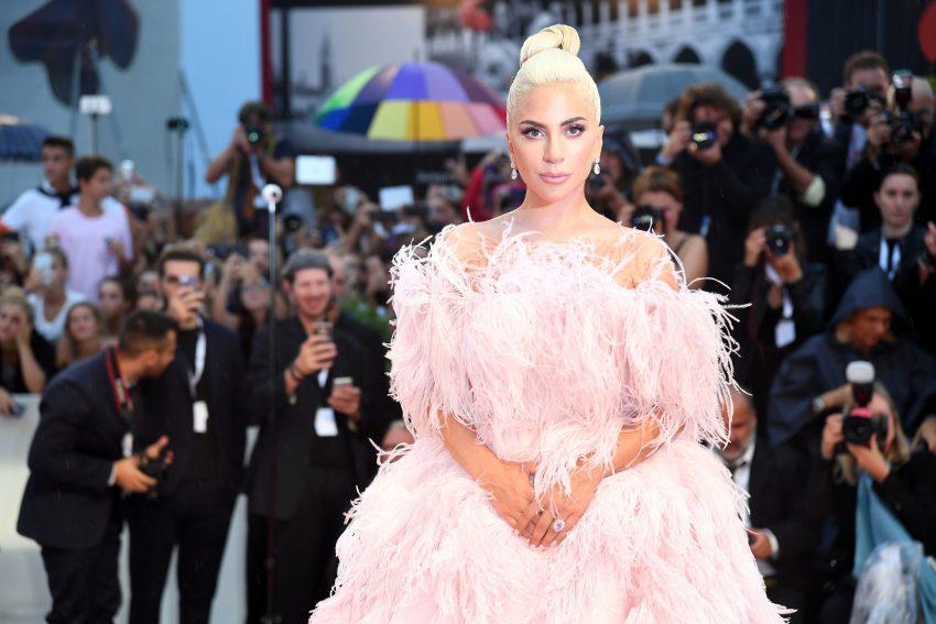 Lady Gaga zaskakuje
