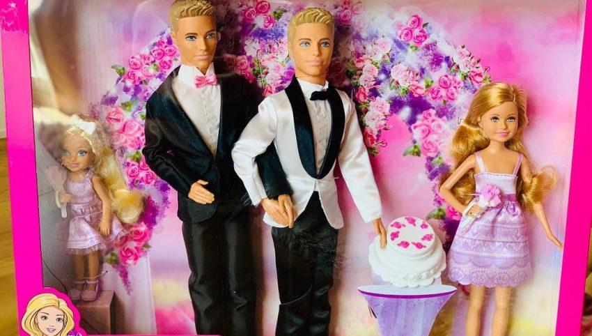 Para homoseksualna Barbie