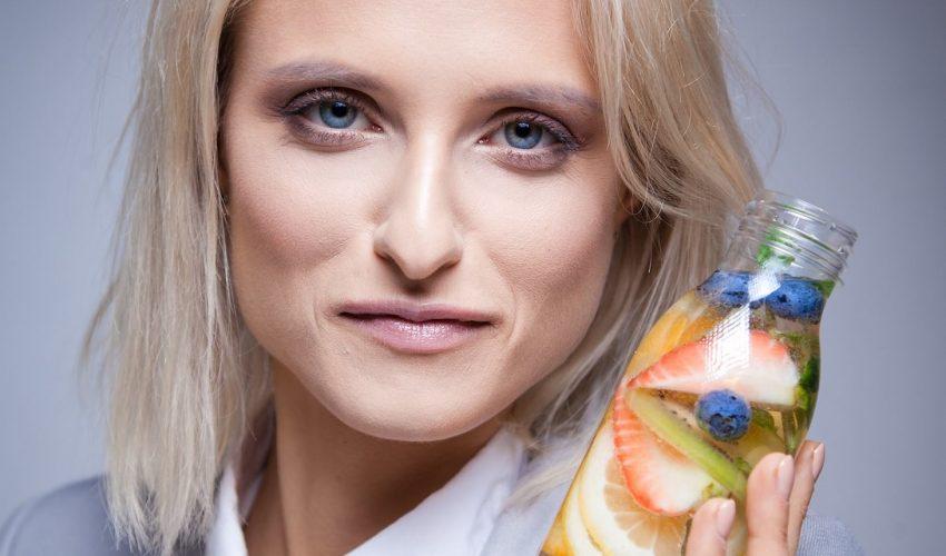 Hanna Stolińska-Fiedorowicz z sokiem