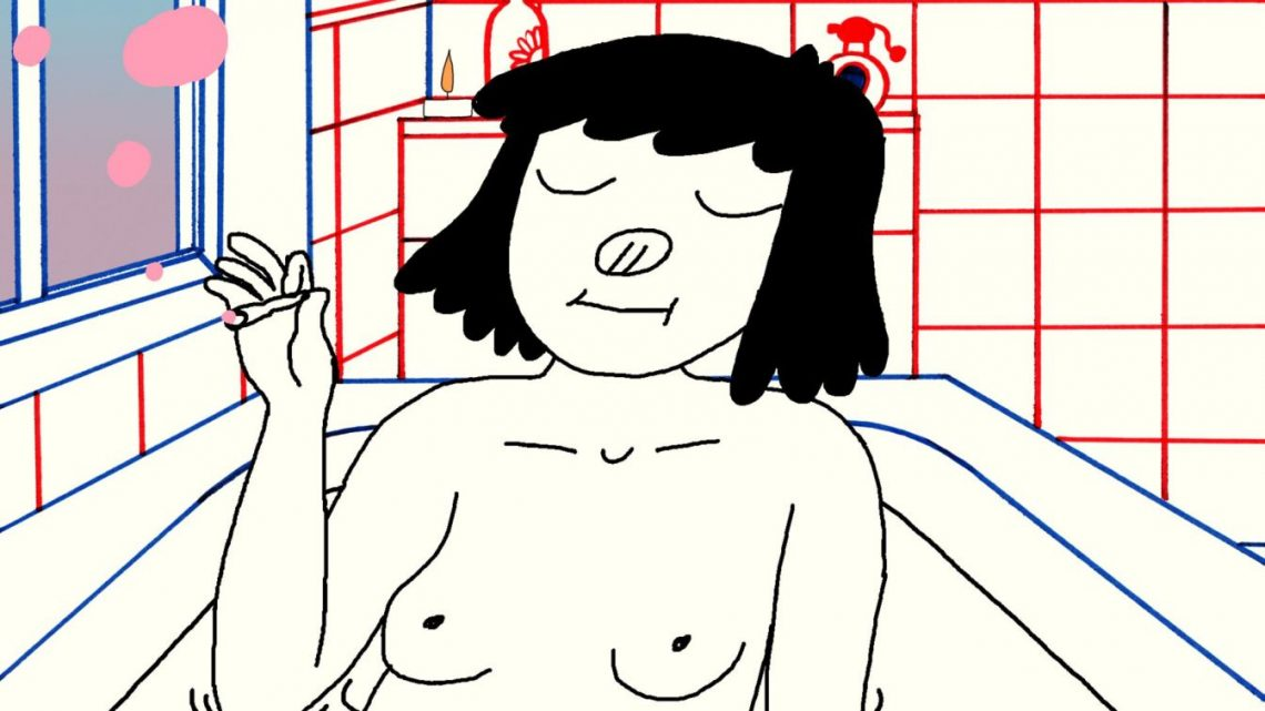 kobieta siedzi nago w wannie i pali skręta