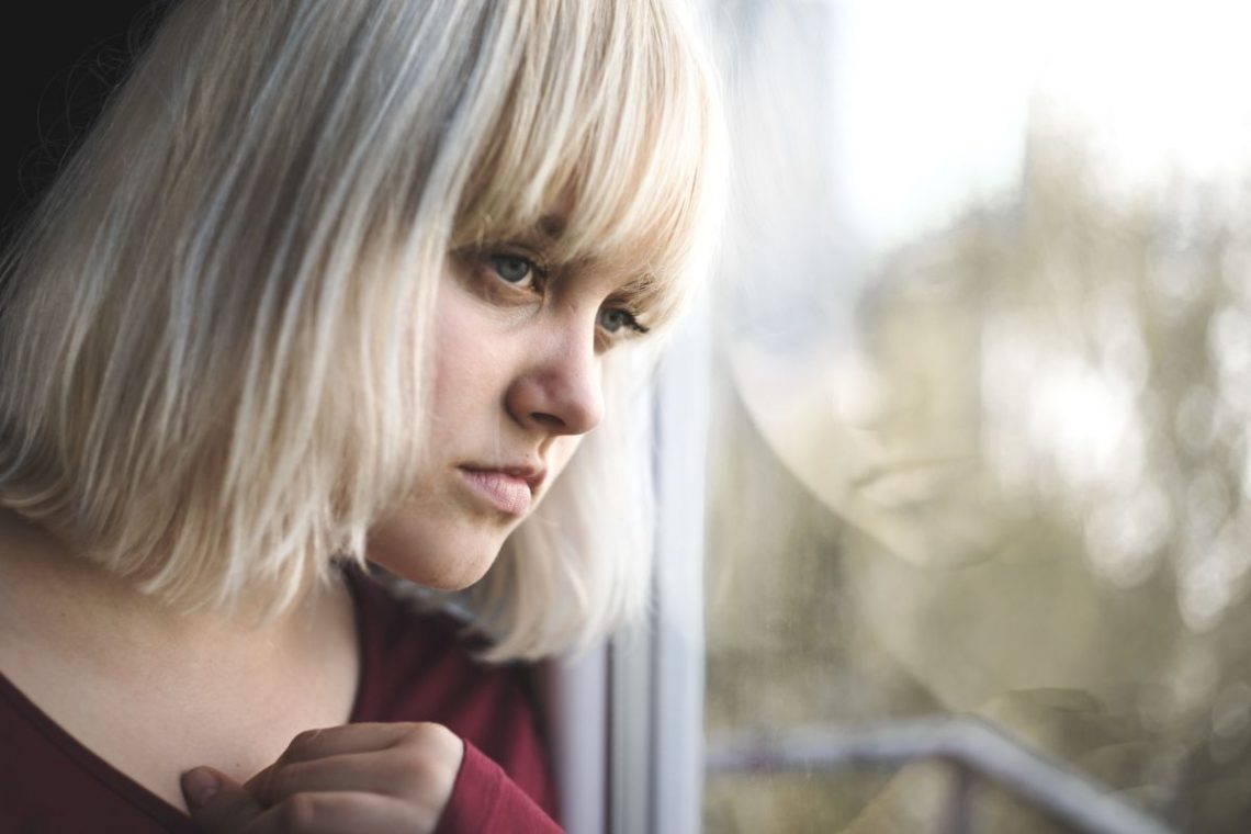 Dziewczyna z schizofrenią paranoidalną