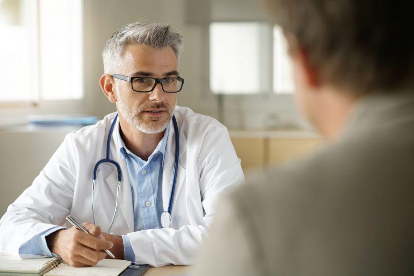 lekarz, wenerolog