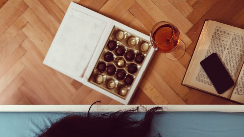 Czekoladki wino telefon