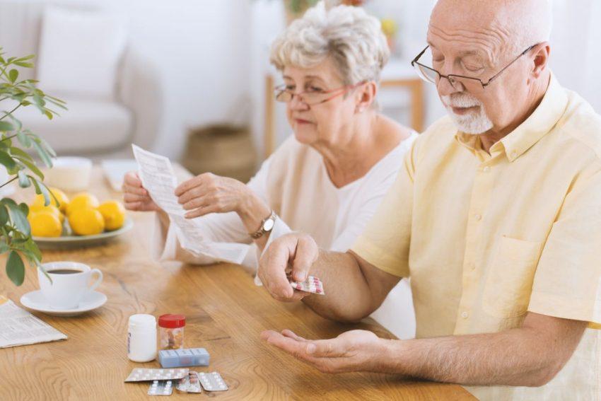 Starsi ludzie biorą bardzo dużo lekarstw