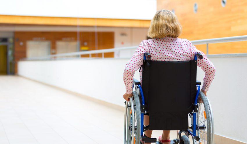 kobieta na wózku