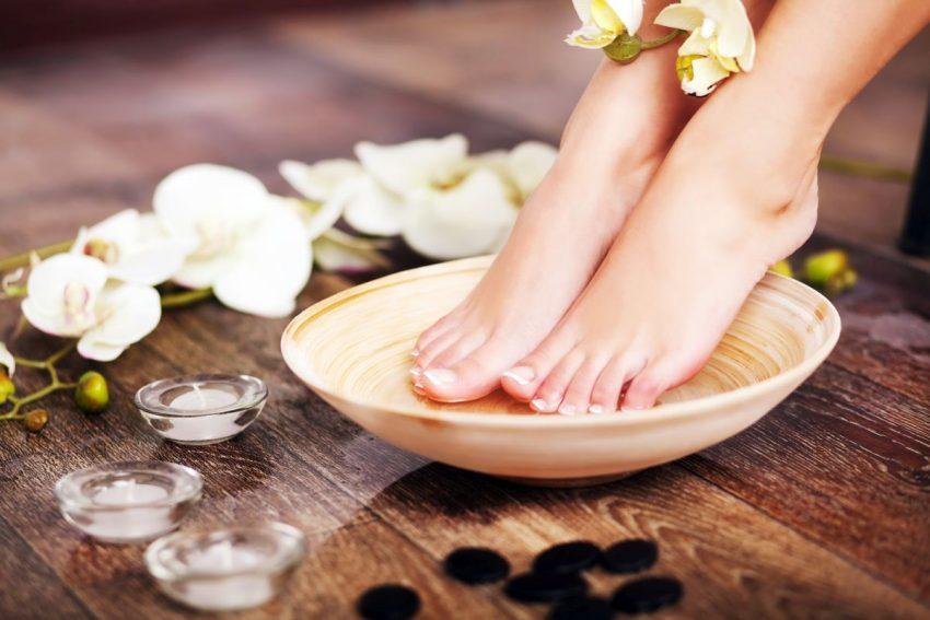 Dbanie o stopy i leczenie nagniotków