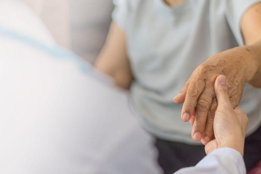 Osoba cierpiąca na osteomalację