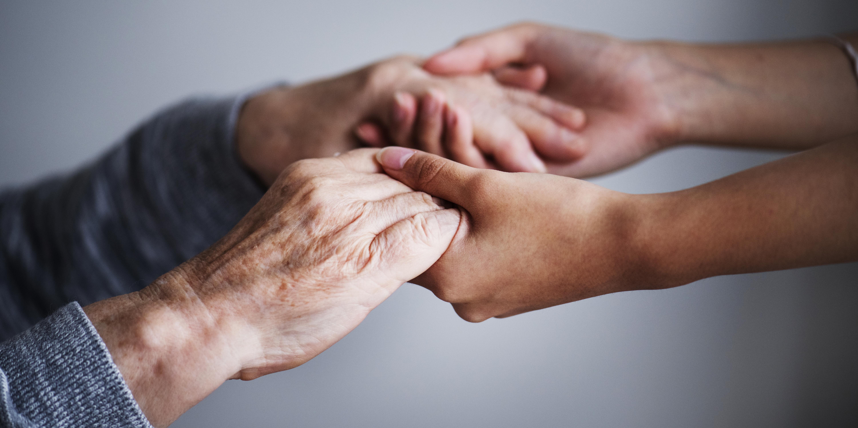 kontakty z rodzicami umierającymi po śmierci co oznacza łączenie się z facetem