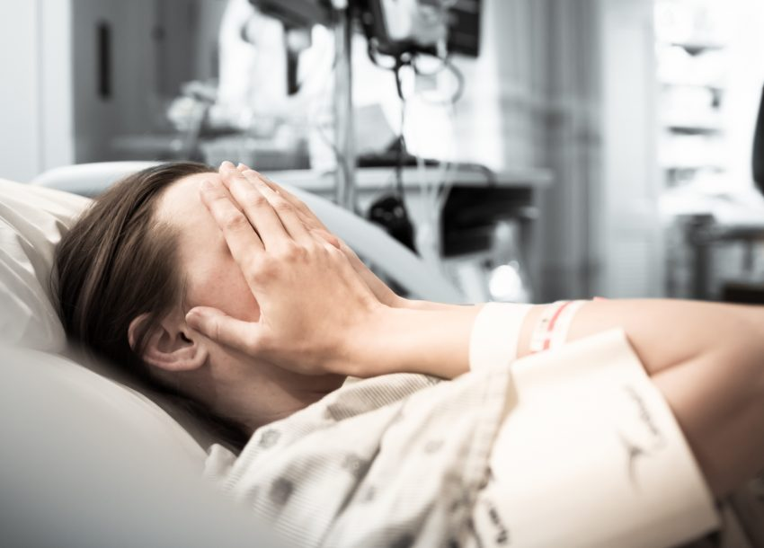 Pacjentka w łóżku / istockphoto.com