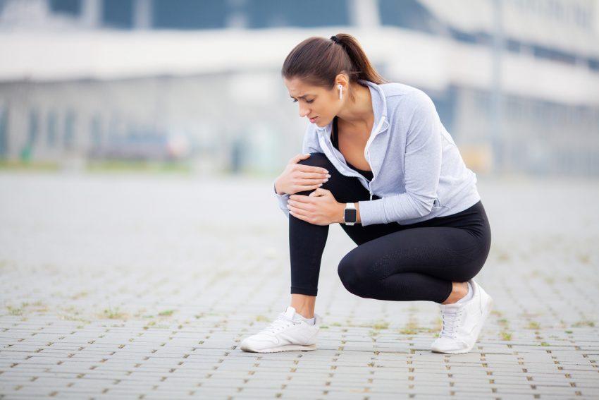 Skręcenie kolana — przyczyny, objawy, leczenie