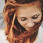 Młoda kobieta / istockphoto.com